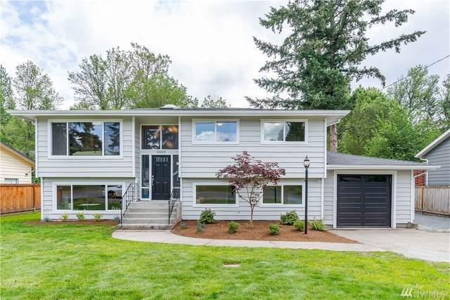 12220 155th Ave SE, Renton, WA 98059 (#1625008) :: Northern Key Team