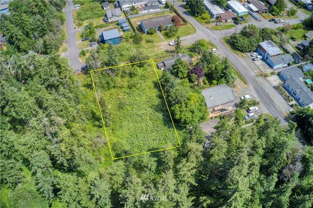 1400 13th Street 1-4, Port Townsend, WA 98368 (#1625037) :: The Shiflett Group