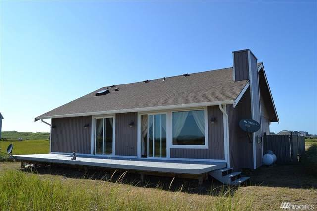 1433 Ocean Crest Ave SW, Ocean Shores, WA 98569 (MLS #1625106) :: Lucido Global Portland Vancouver