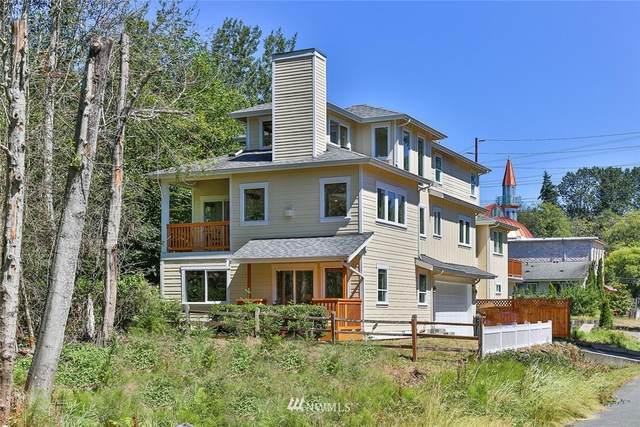 20005 24th Avenue NE, Shoreline, WA 98155 (#1625399) :: Real Estate Solutions Group