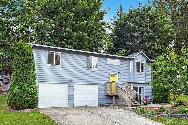 1617 Glenwood Ave SE, Renton, WA 98058 (#1625592) :: The Royston Team