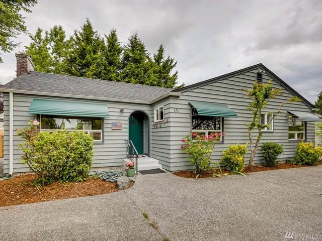 1711 W Stewart, Puyallup, WA 98371 (#1625848) :: Ben Kinney Real Estate Team
