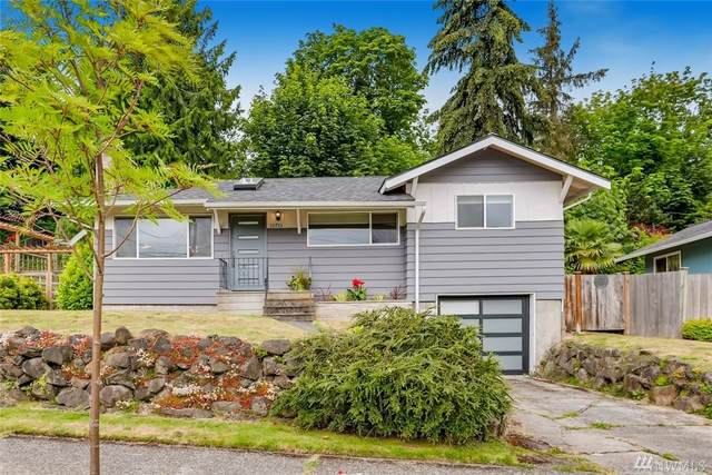 10755 68th Ave S, Seattle, WA 98178 (#1625986) :: The Kendra Todd Group at Keller Williams