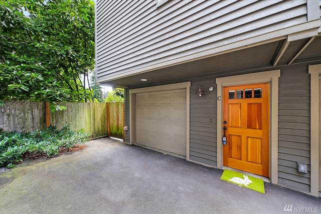 1012 NE 125th St C, Seattle, WA 98125 (#1626015) :: Icon Real Estate Group