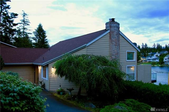 272 Loch Lane, Camano Island, WA 98282 (#1626082) :: Alchemy Real Estate
