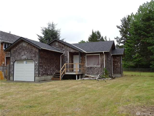 392 Bass Ave NE, Ocean Shores, WA 98569 (#1626225) :: Northern Key Team