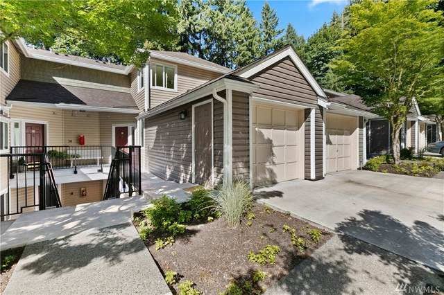 5000 NW Village Park Drive B211, Issaquah, WA 98027 (#1626262) :: Pacific Partners @ Greene Realty