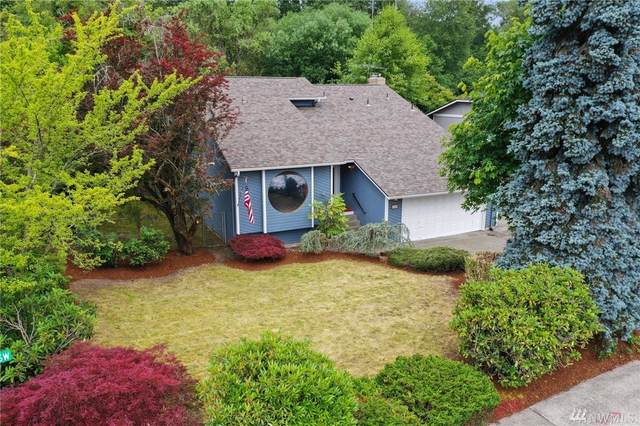 1118 17th St SW, Puyallup, WA 98371 (#1626324) :: Hauer Home Team