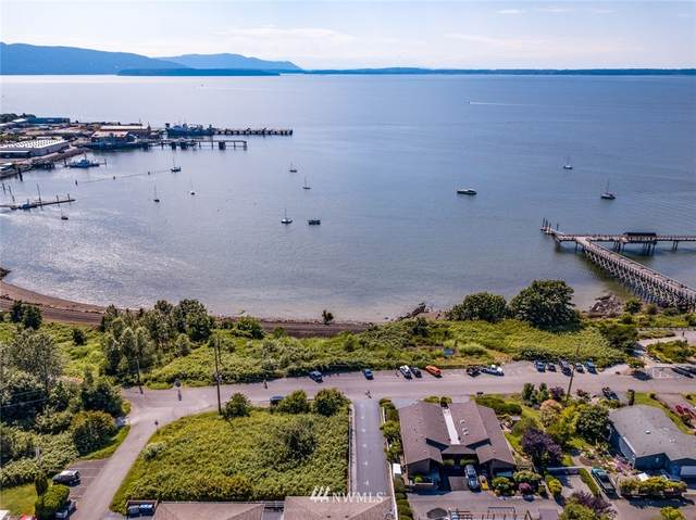 922 10th Street, Bellingham, WA 98226 (#1626380) :: Icon Real Estate Group