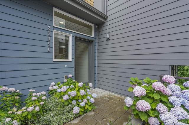 2605 22nd Ave W A, Seattle, WA 98199 (#1626406) :: Tribeca NW Real Estate