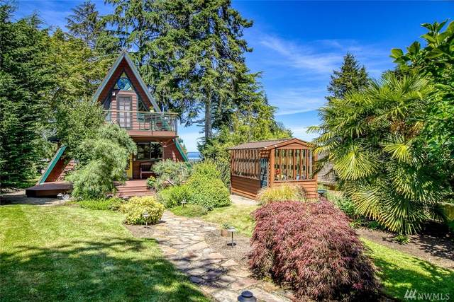7575 Madrona Dr NE, Bainbridge Island, WA 98110 (#1626623) :: The Original Penny Team
