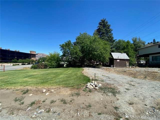 2221-2227 W Woodin Ave, Chelan, WA 98816 (MLS #1626710) :: Nick McLean Real Estate Group