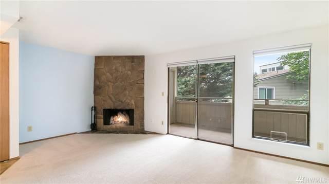12009 100th Ave NE #10, Kirkland, WA 98034 (#1626803) :: Better Homes and Gardens Real Estate McKenzie Group