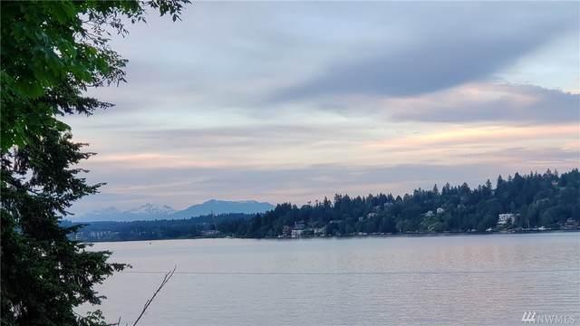 4132 NE 142nd St, Seattle, WA 98125 (#1626913) :: McAuley Homes
