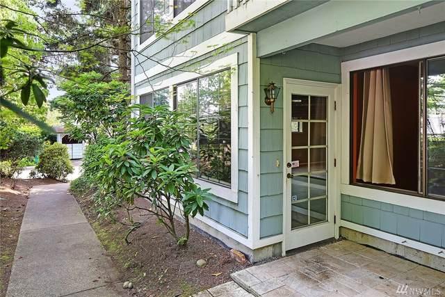 907 N 163rd St A11, Shoreline, WA 98133 (#1626979) :: Ben Kinney Real Estate Team