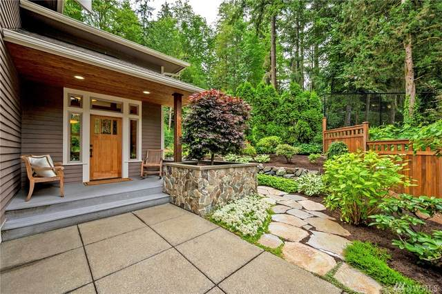 3840 NE 189th Place, Lake Forest Park, WA 98155 (#1627375) :: Northern Key Team