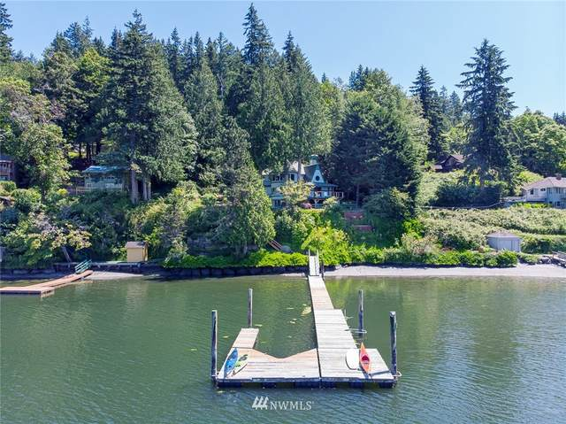 11413 Blue Heron Lane NE, Bainbridge Island, WA 98110 (#1627512) :: Hauer Home Team
