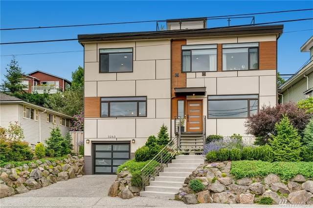 3263 35th Ave SW, Seattle, WA 98126 (#1627755) :: Alchemy Real Estate