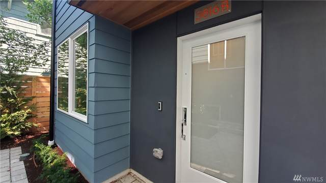 5816 Roosevelt Wy NE B, Seattle, WA 98105 (#1627981) :: Better Properties Lacey