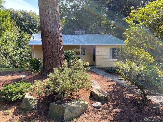 4301 Sw 308th St, Federal Way, WA 98023 (#1628016) :: Ben Kinney Real Estate Team