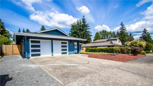 12556 Se 71 St, Newcastle, WA 98056 (#1628067) :: The Kendra Todd Group at Keller Williams