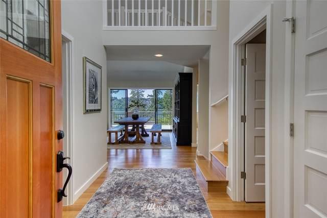 5653 NE Cessna Lane, Bainbridge Island, WA 98110 (#1628328) :: Pickett Street Properties