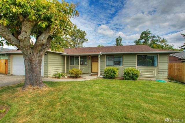 24526 14th Ave S, Des Moines, WA 98198 (#1628411) :: Ben Kinney Real Estate Team