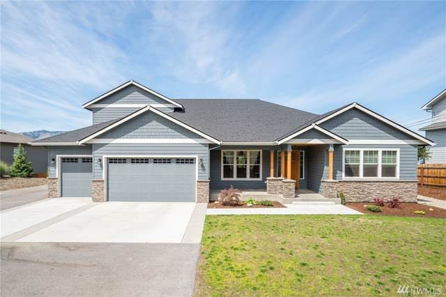 3142 NW Delcon Ct, East Wenatchee, WA 98802 (#1628419) :: Canterwood Real Estate Team