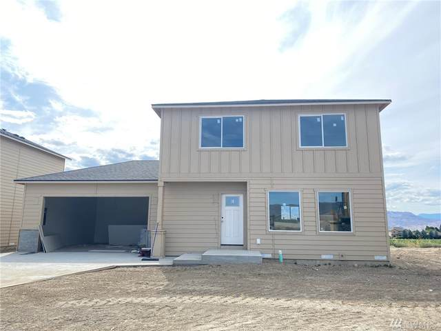 2247 S Mystical Lp, East Wenatchee, WA 98802 (#1628618) :: Canterwood Real Estate Team