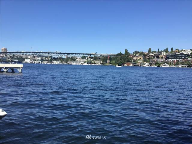 2143 N Northlake Way #26, Seattle, WA 98103 (#1628624) :: McAuley Homes