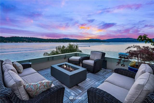 1600 W Lake Sammamish Parkway NE, Bellevue, WA 98008 (#1628693) :: The Robinett Group