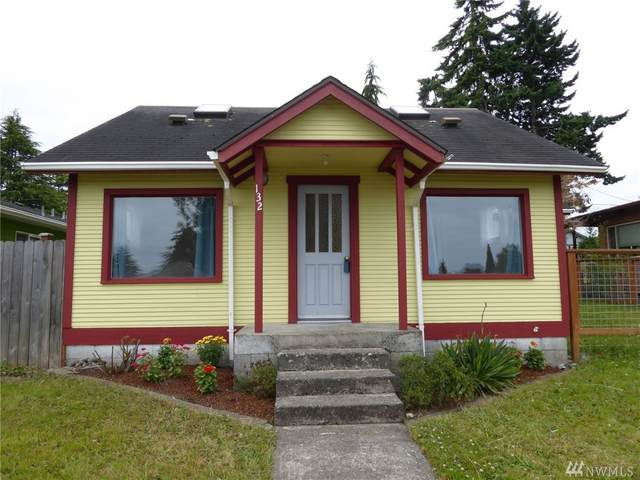 132 E 11th St, Port Angeles, WA 98362 (#1628783) :: Northern Key Team