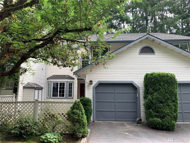 2801-NE 195th St #11, Lake Forest Park, WA 98155 (#1628958) :: Ben Kinney Real Estate Team
