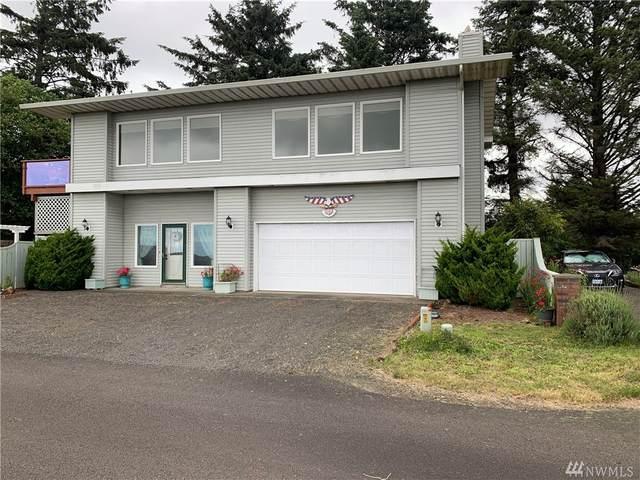 35102 J Place, Ocean Park, WA 98640 (#1629058) :: Ben Kinney Real Estate Team