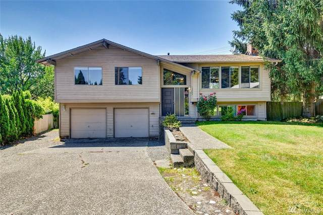 13203 NE 130th Place, Kirkland, WA 98034 (#1629392) :: McAuley Homes