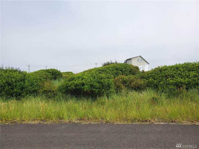 1220 Channel Ave SW, Ocean Shores, WA 98569 (#1629590) :: Keller Williams Realty