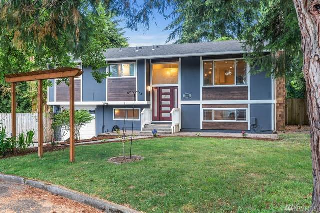 10217 NE 139th Street, Kirkland, WA 98034 (#1629617) :: Ben Kinney Real Estate Team