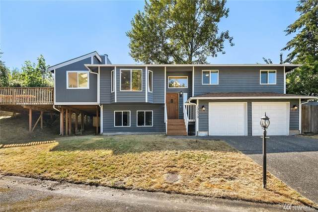 10639 68th Place S, Seattle, WA 98178 (#1629653) :: Ben Kinney Real Estate Team