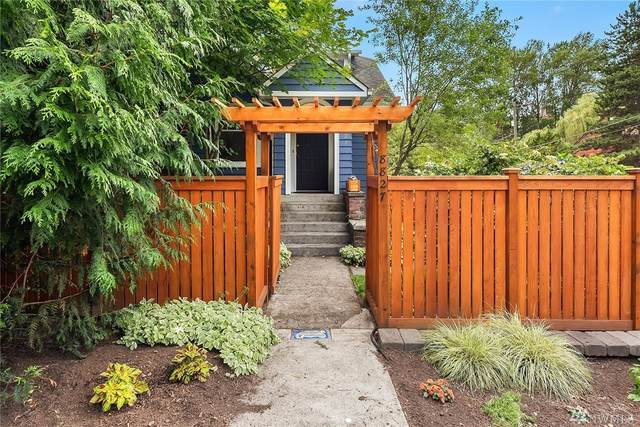 8827 Ravenna Ave NE, Seattle, WA 98115 (#1629798) :: The Kendra Todd Group at Keller Williams