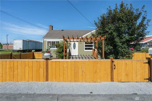 27416 102nd Ave NW, Stanwood, WA 98292 (#1629903) :: Commencement Bay Brokers