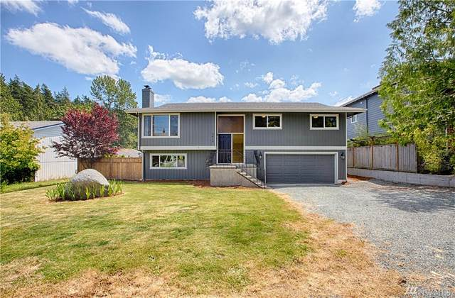 3419 W 4th St, Anacortes, WA 98221 (#1629982) :: Northern Key Team