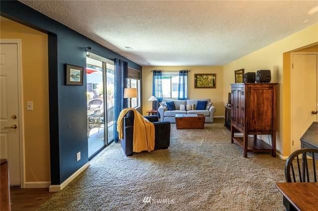 20632 76th Avenue W #18, Edmonds, WA 98026 (#1631516) :: Ben Kinney Real Estate Team