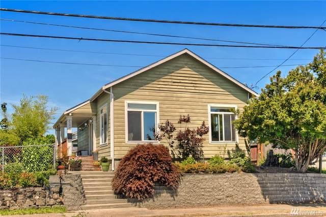 4008 S Holly St, Seattle, WA 98118 (#1631865) :: Ben Kinney Real Estate Team