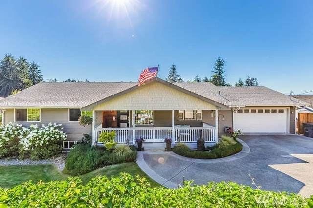 30041 10th Avenue SW, Federal Way, WA 98023 (#1632604) :: NextHome South Sound