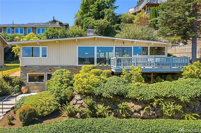 5011 54th Ave S, Seattle, WA 98118 (#1633156) :: Ben Kinney Real Estate Team