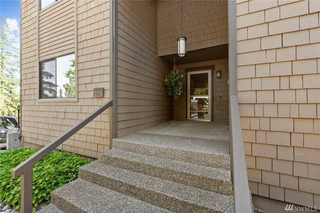 17466 NE 40th Place F3, Redmond, WA 98052 (#1633270) :: NW Homeseekers