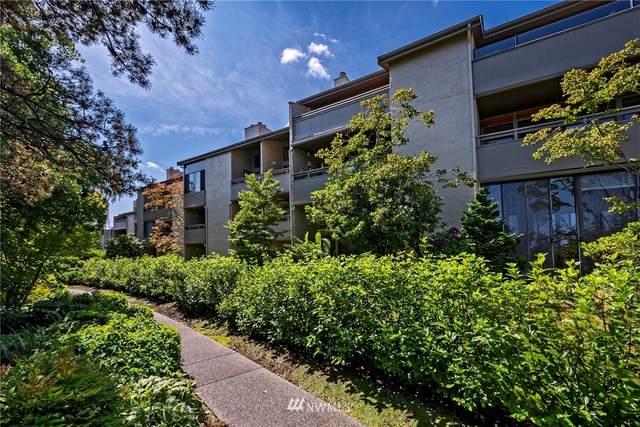 6642 Parkpoint Way NE D-110, Seattle, WA 98115 (#1633982) :: Ben Kinney Real Estate Team