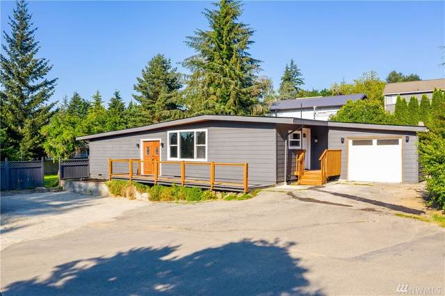 6842 NE 153rd Place, Kenmore, WA 98028 (#1634094) :: Northern Key Team