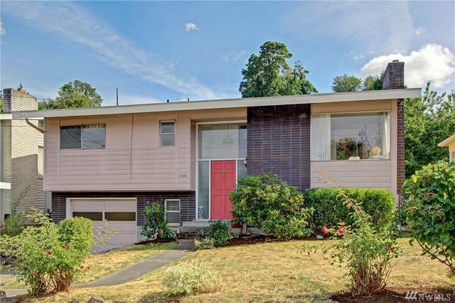 3707 S Cloverdale St, Seattle, WA 98118 (#1634100) :: Keller Williams Realty