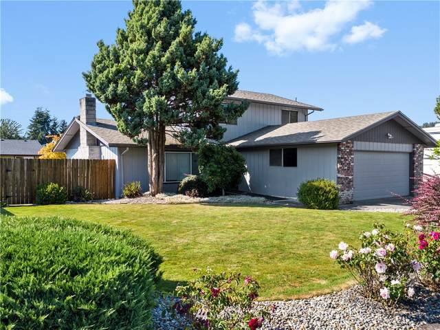 2517 42nd Avenue, Longview, WA 98632 (#1635804) :: Hauer Home Team